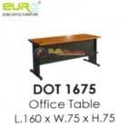 Meja Kantor Euro – Dot 1675